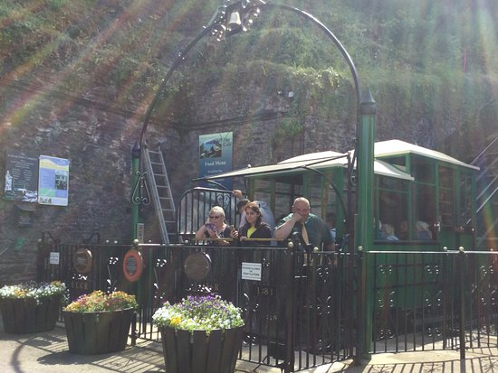 Lynmouth, UK: Waiting for the return journey