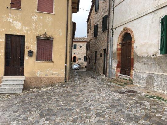 Serrungarina, Itália: photo1.jpg