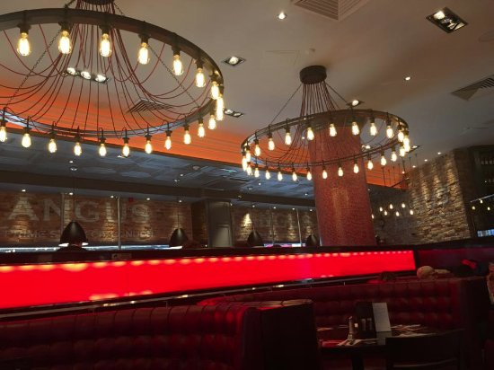 Angus Steakhouse - Leicester Sq: Locale