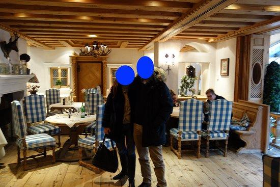Hotel Zur Tenne Restaurant: The inside hall