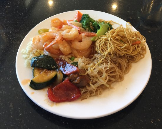 Cold Lake, Canadá: Selections From The Buffet