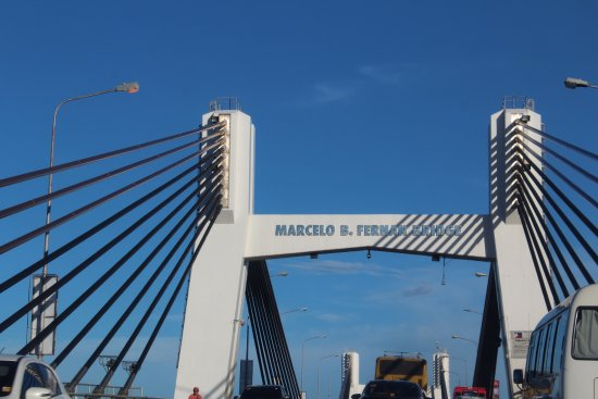 Marcelo Fernan Bridge: Bridge from airport to Downtown Cebu.