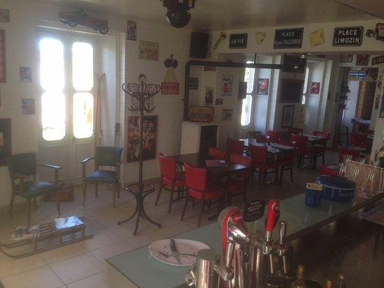 Saugues, France: Salle à manger Escale