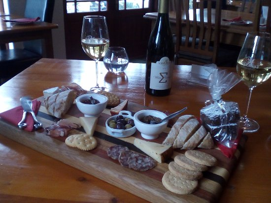 Paarl, South Africa: Cheese & charcuterie platter