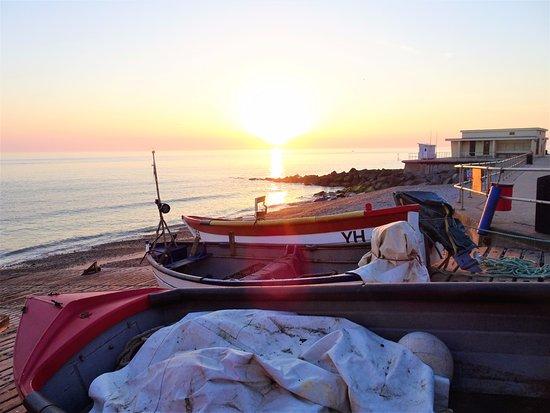 Sheringham, UK: Fishing boats at sunrise