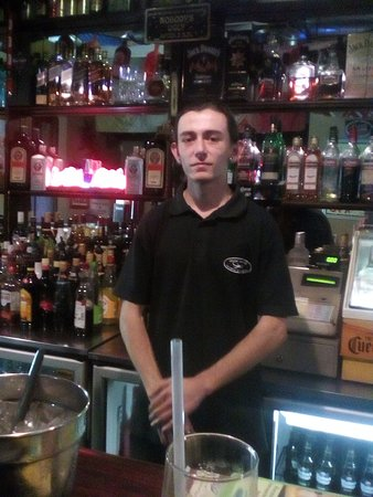 Wellington, South Africa: Excellent barman
