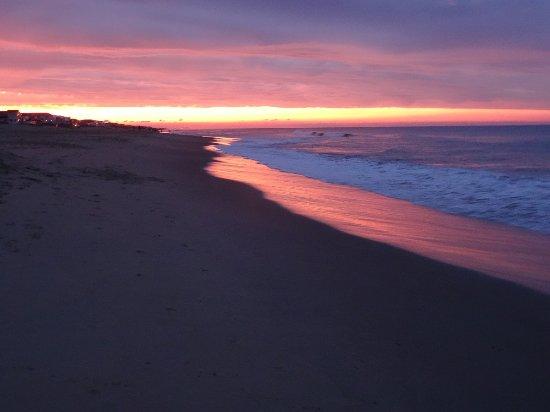 Sandbridge Beach: Beautiful sunset views
