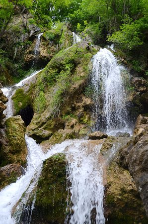 Su-Uchkhan Waterfall