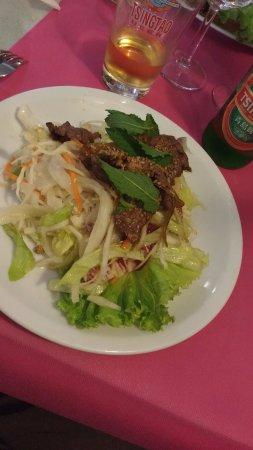 Le Vernet, France : salade au boeuf, épices bien dosés