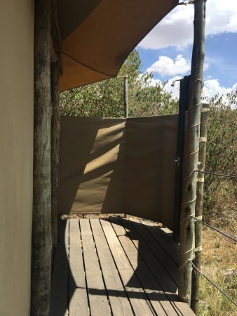 Eagle view mara naboisho updated 2017 prices lodge for Bathroom e pod mara