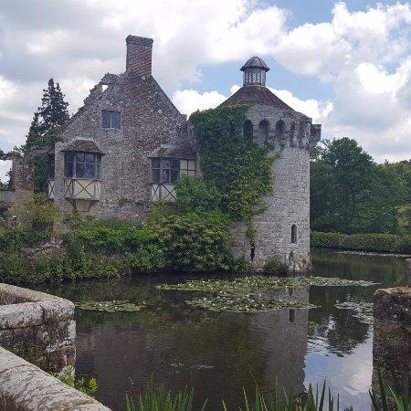 Lamberhurst, UK: Timeless romantic castle