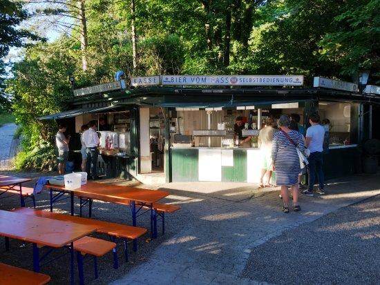 biergarten mit kiosk nach n freiburg altstadt links liegend picture of greiffenegg. Black Bedroom Furniture Sets. Home Design Ideas