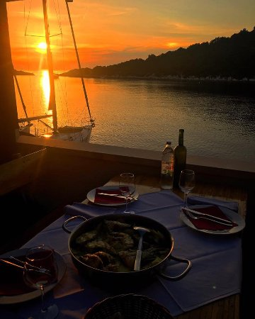 Zaklopatica, Kroatia: Dinner view