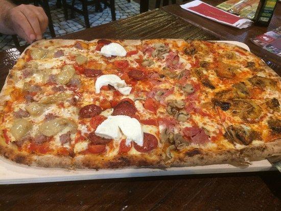 Mestrino, Italy: Pizza a pala !!!! Fantastica!!!