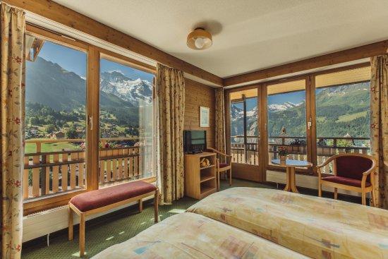 Hotel Jungfraublick Wengen Photo