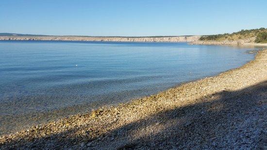 Jadranovo, Kroatië: sauberer ruhiger Strand