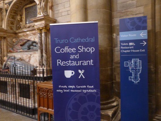 Truro, UK: Has a Coffee Shop and Restaurant