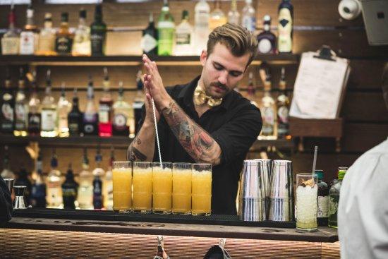 Bartendere dating kunder