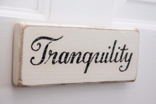 Rowde, UK: Tranquility - for romantics, twin aspect, en-suite, balcony