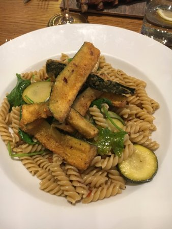 Didcot, UK: courgette with wholewheat pasta