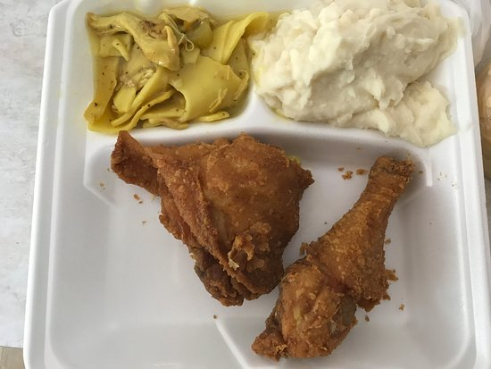 Middletown, DE: fried chicken dinner with pot pie and mashed potatoes