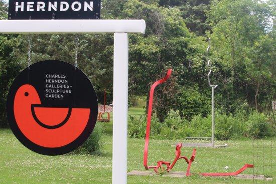 Kelleys Island, OH: Charles Herndon Gallery