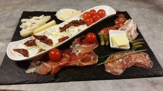 Пьерлат, Франция: La planche italienne. 100% produits d'Italie