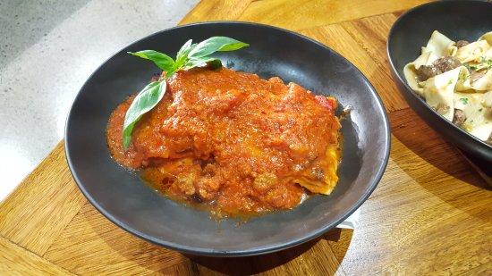 Homebush, Australië: Lasagna