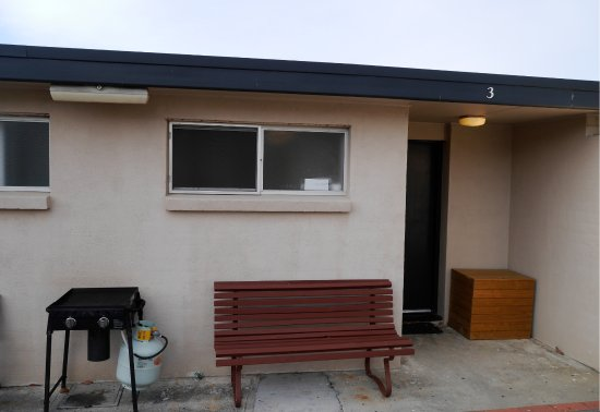 Scamander, Australia: Entrance of apartment