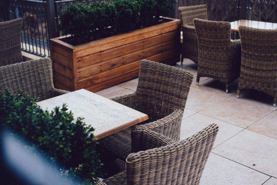 Clarkston, UK: Terrace