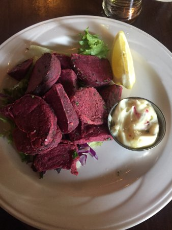 The Palace Restaurant: Fried beets, yummy!!