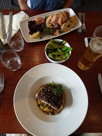 The Bell Hotel: 20170623_140958_large.jpg