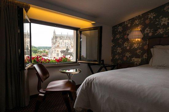 Hotel Lis Batalha Mestre Afonso Domingues: Quarto mansarda vista