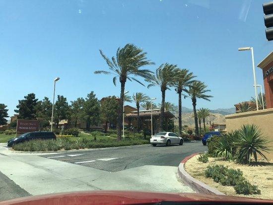 Desert Hills Premium Outlets: photo2.jpg