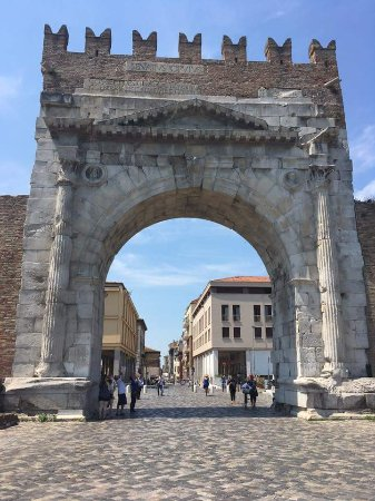 Arco d'Augusto : FB_IMG_1498073859571_large.jpg