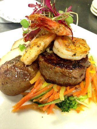 Wading River, NY: Surf & Turf Special