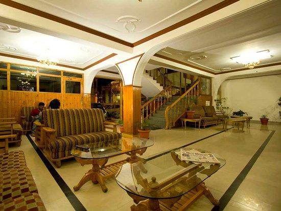 Hotel Himgiri Photo