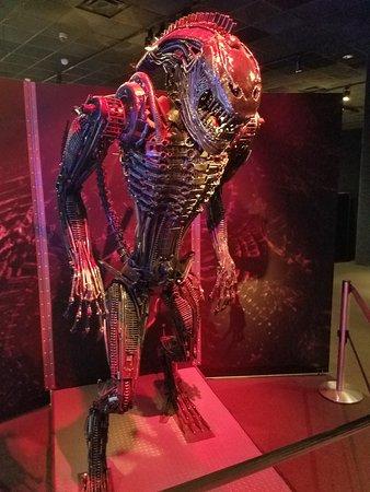 Museum of Science : Alien