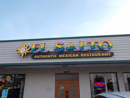 El Salto Authentic Mexican Restaurant, Maumee, Ohio.