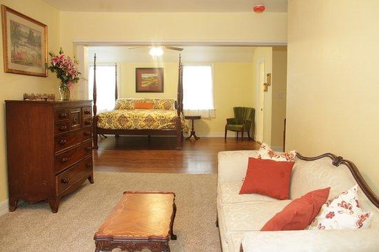 Sulphur Springs, TX: Sycamore Suite