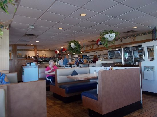 Leo's Country Oven, John R Road, Madison Heights, Michigan.