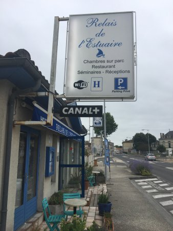 Etauliers, France: photo2.jpg
