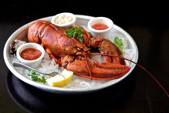 Ruby's Oyster Bar & Bistro: Lobster
