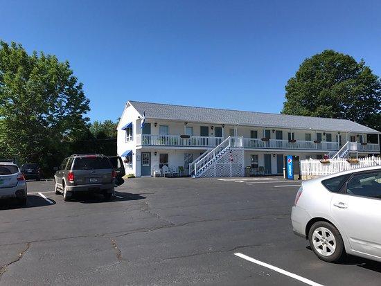 Seacoast Motel: photo1.jpg