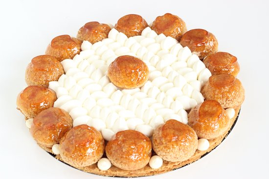 Le Bouscat, France: Our Saint Honoré with puff pastry, Madagascan vanilla cream choux, tonka and whipped cream