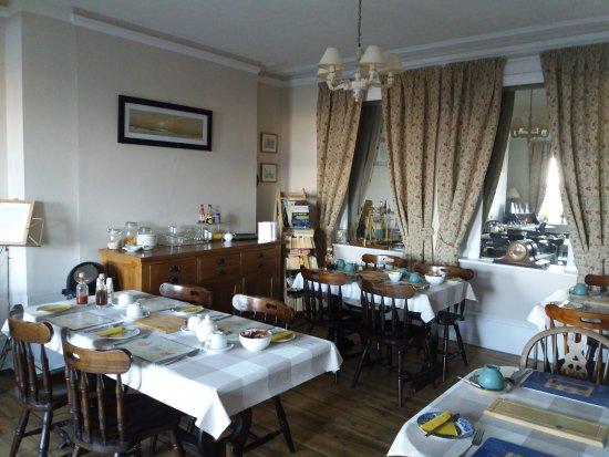 Hotel Iverna Eastbourne Reviews