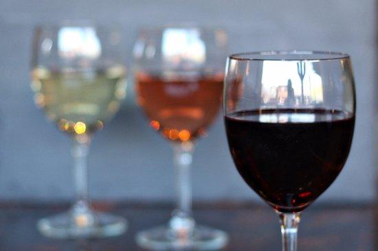 Maumee, OH : Wine