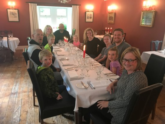 Edinbane, UK: Lovely Dinner at the Greshornish House