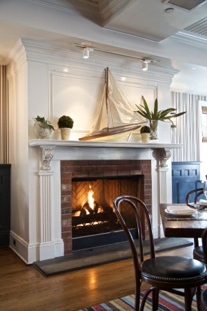 Rye, NY: Upstairs Fire Place