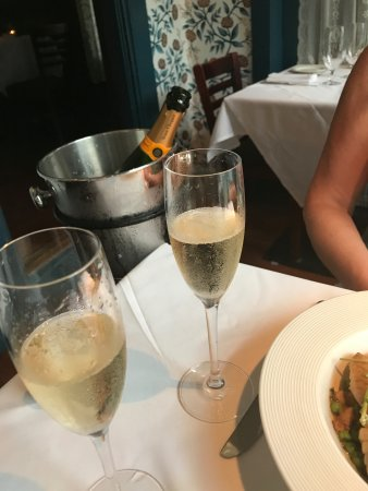 Sweet Life: Champagne a must for this gourmet experience